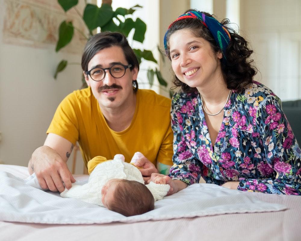 roditelji-novorođenče